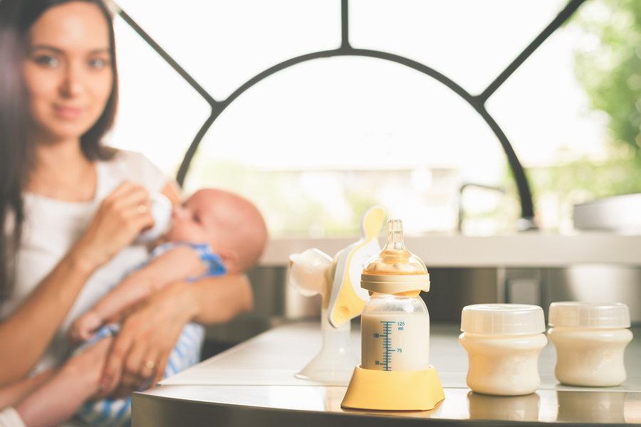 Majčino mlijeko najbolja je hrana za svako novorođenče.