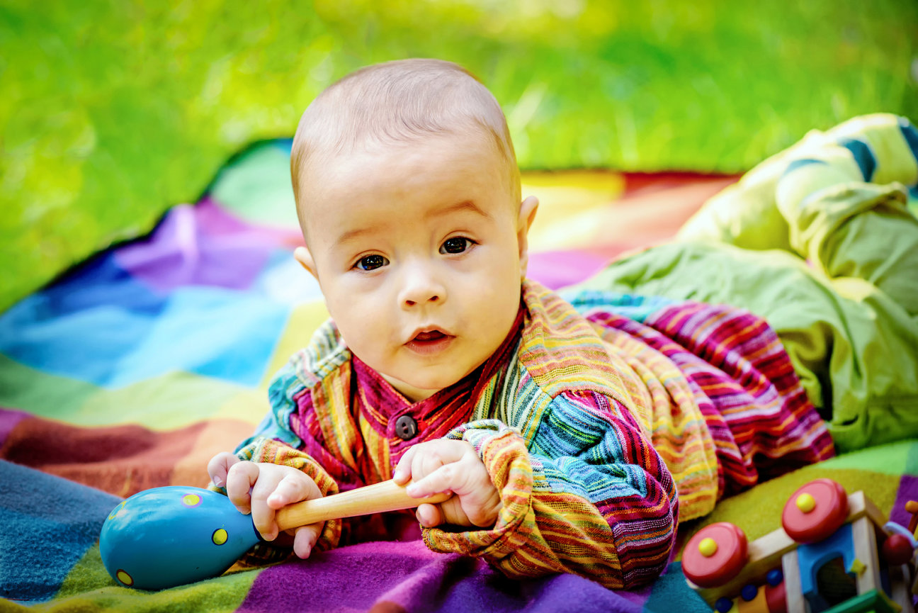 Igra je važan dio odrastanja. Od najranije dobi, igračke pomažu psihofizičkom i emocionalnom razvoju djeteta.