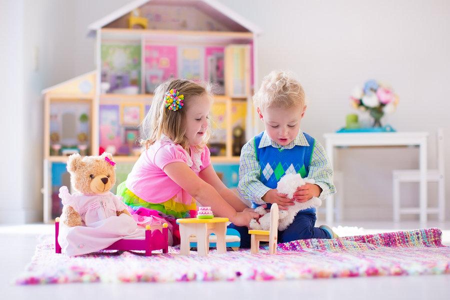 Igra je izvor radosti i većina djece se instinktivno želi igrati i družiti.