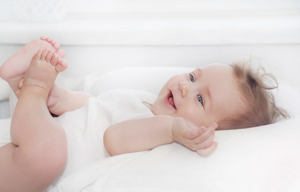 Potpuno je normalno da dojenče u ranoj dobi nema ustaljeni ritam stolice